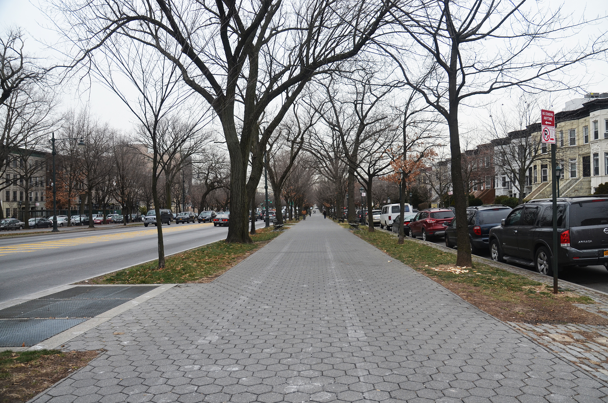 Eastern Parkway in Crown Heights, Brooklyn, January 2016. Photo by Evan Bindelglass