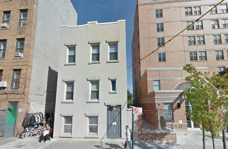 2438 Lyvere Street, image via Google Maps