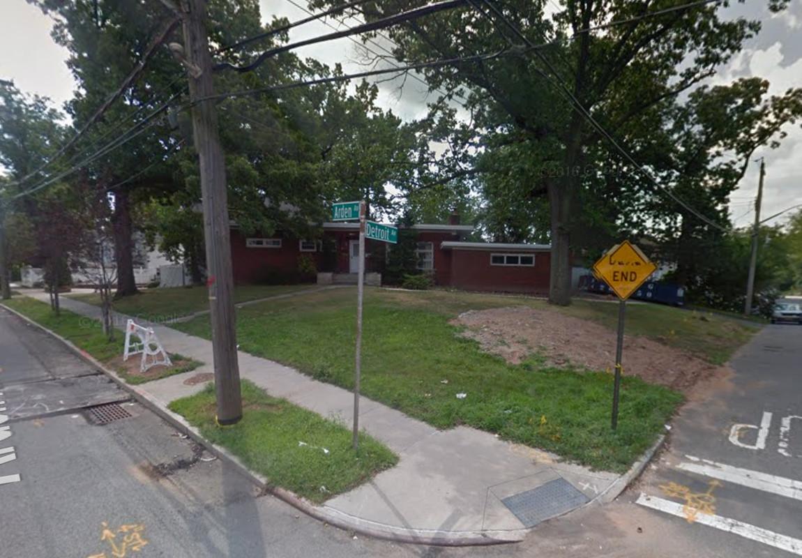 126 Detroit Avenue