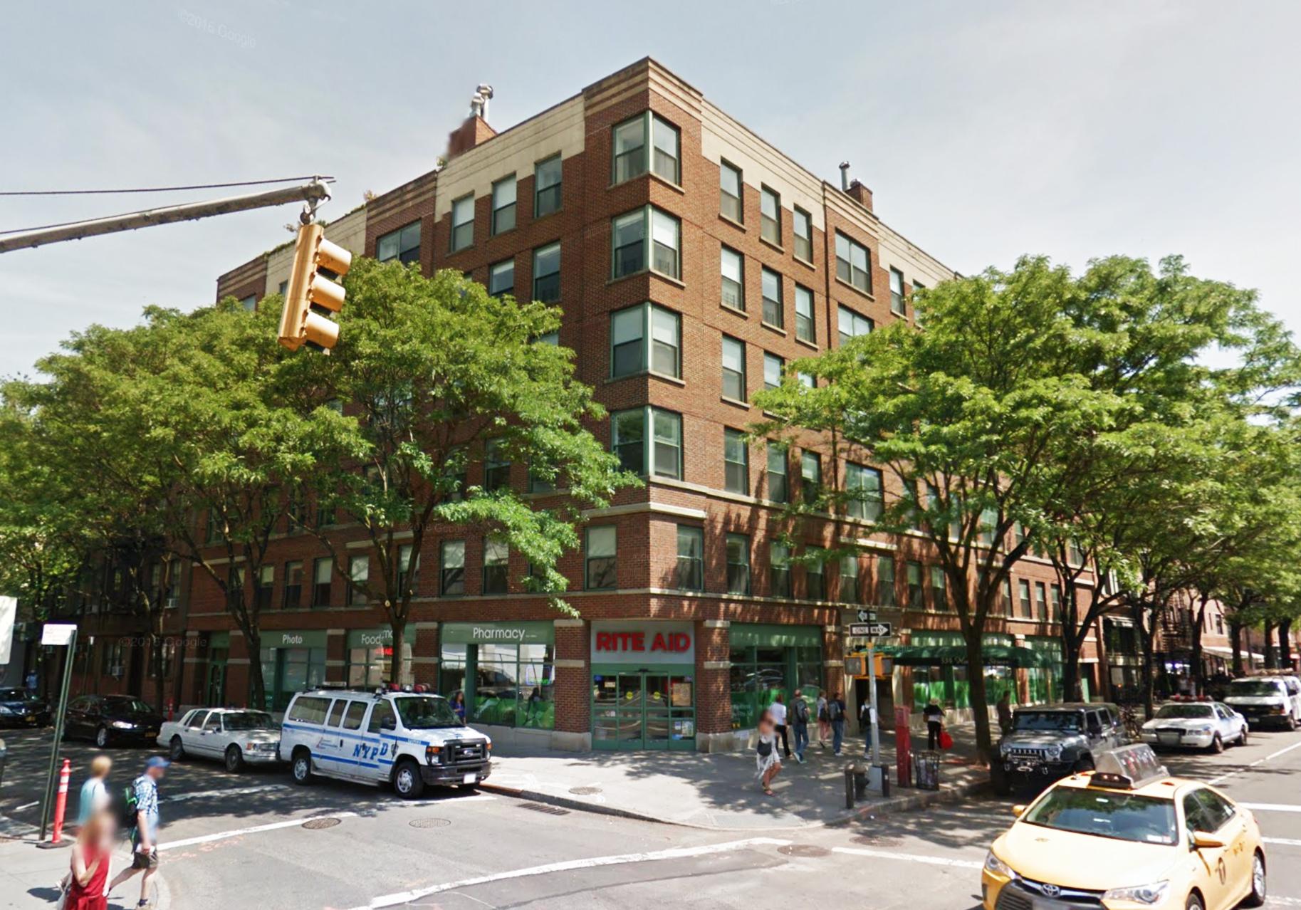 534 Hudson Street in June of 2016. Via Google Maps