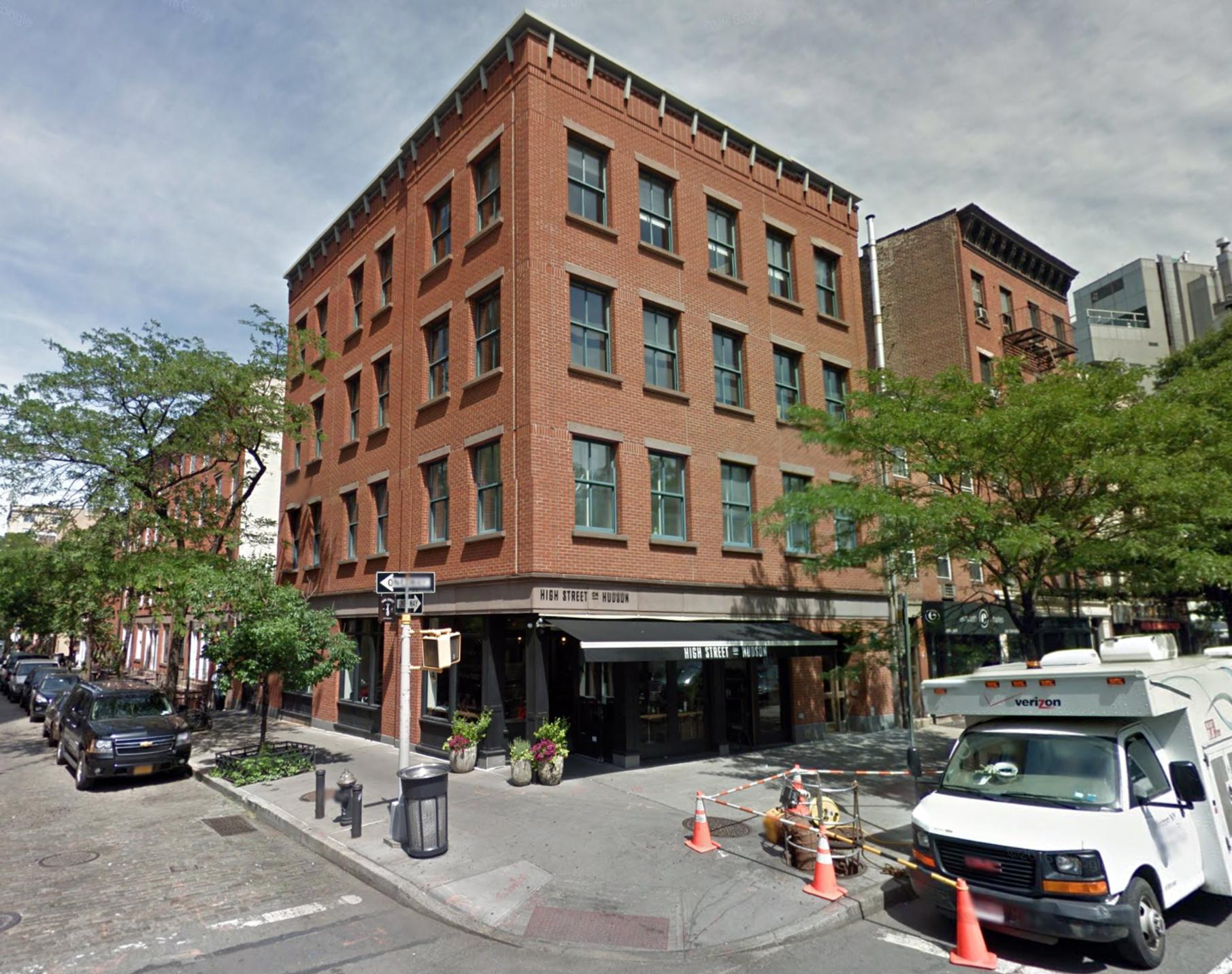637 Hudson Street in June of 2016. Via Google Maps.