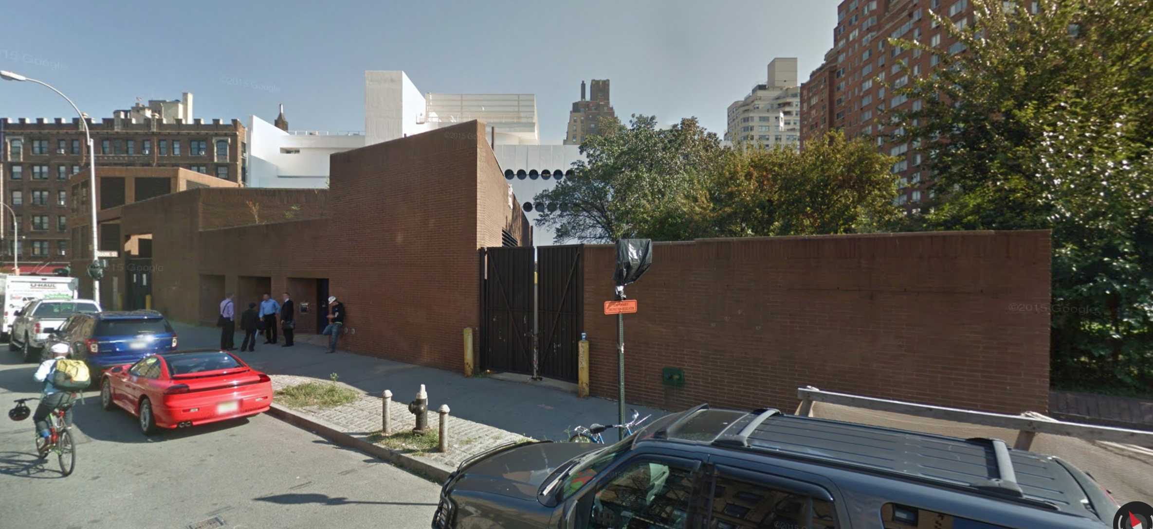 76 Greenwich Avenue in September 2014. Via Google Maps