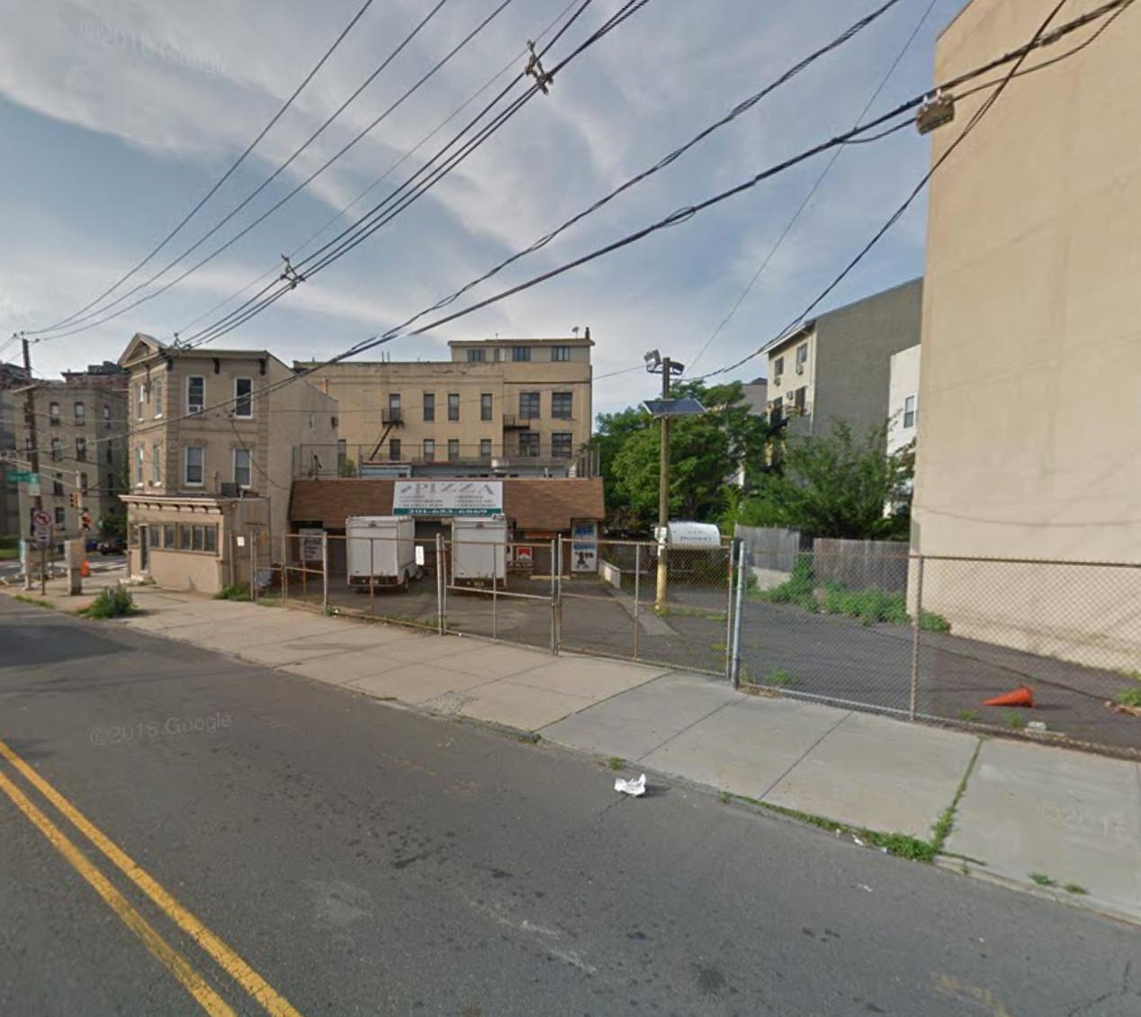 8 Paterson Avenue