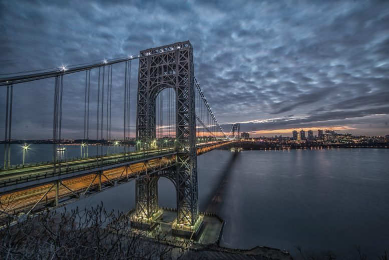 The George Washington Bridge seen at sunrise from the Fort Lee Historic Park in January of 2017. Photo by Kris Denkers/Gypsy Owl Photography