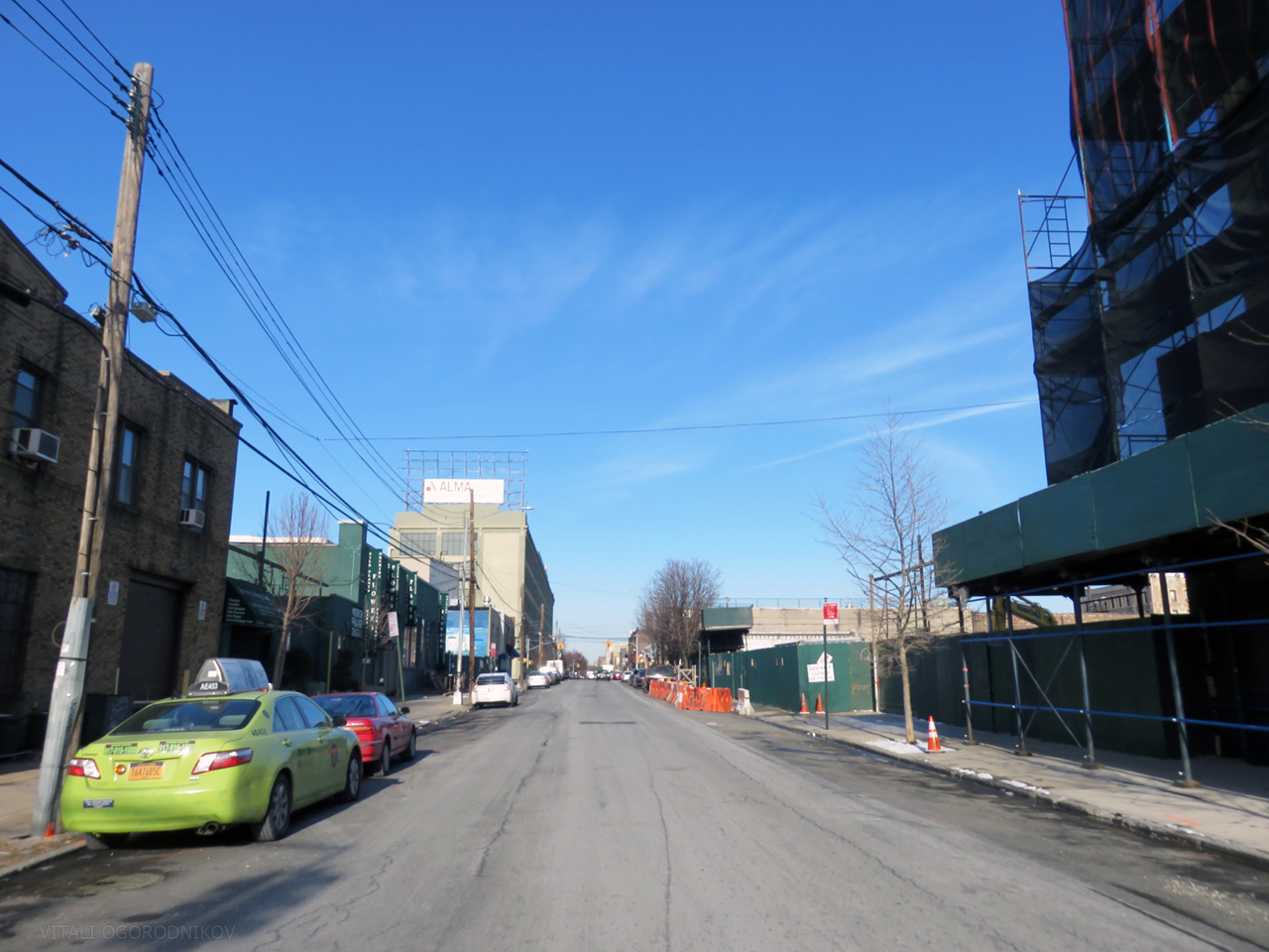 Looking northeast up 33rd Street. 37-21 32nd Street is on the left. 37-14 34th Street, 37-29 33rd Street, and 33-01 38th Avenue are on the right.
