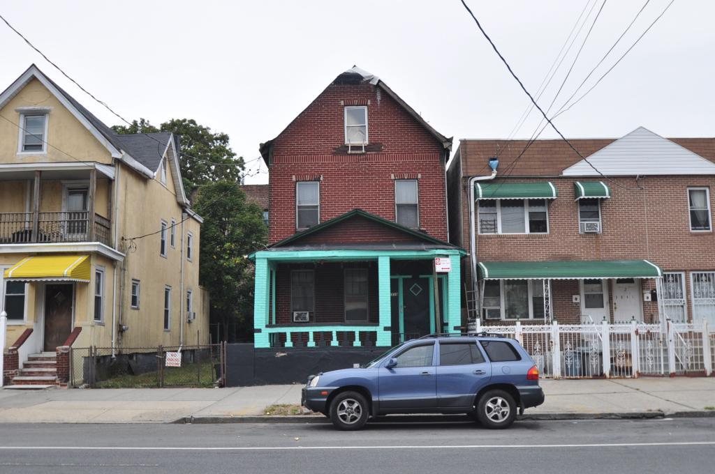 3839 Bronxwood Avenue