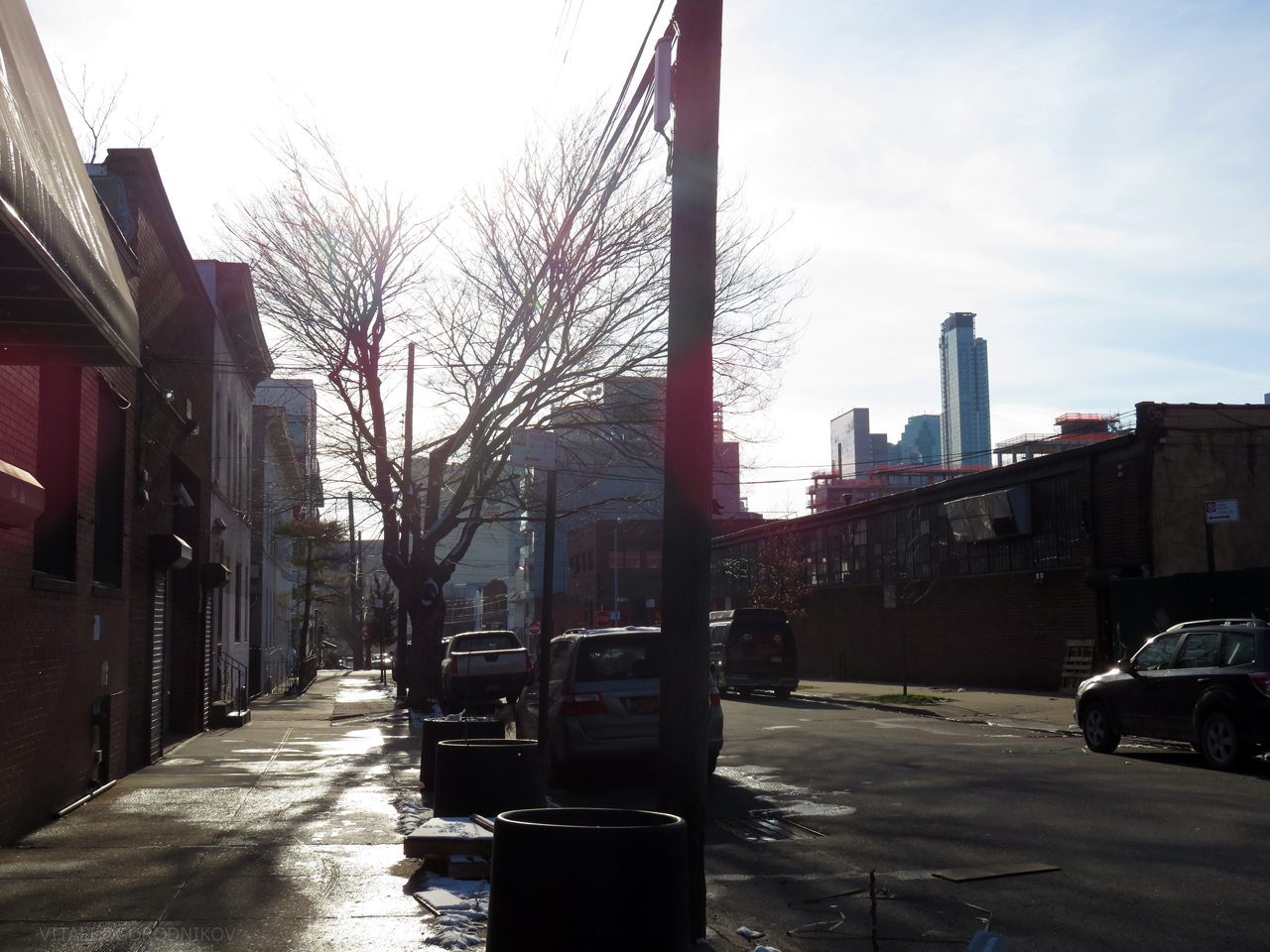 Looking south along 32nd Street. The Long Island City skyline is in the background.