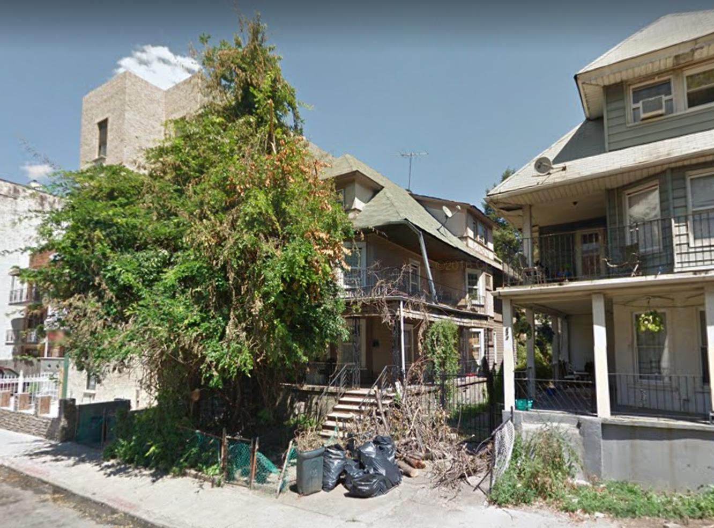 679 East 21st Street