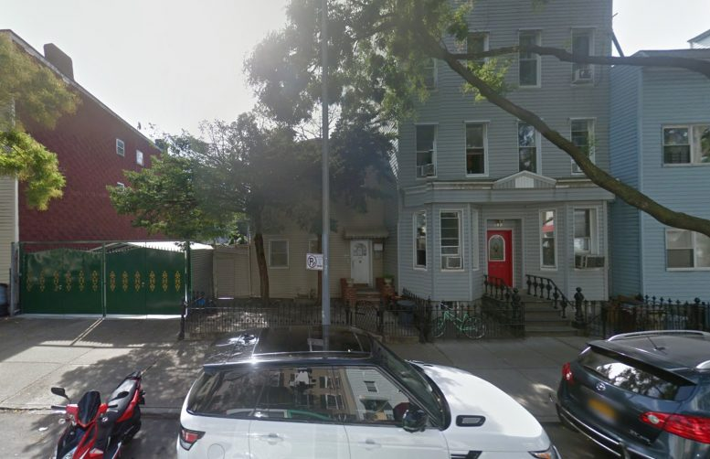 102 Huron Street, via Google Maps