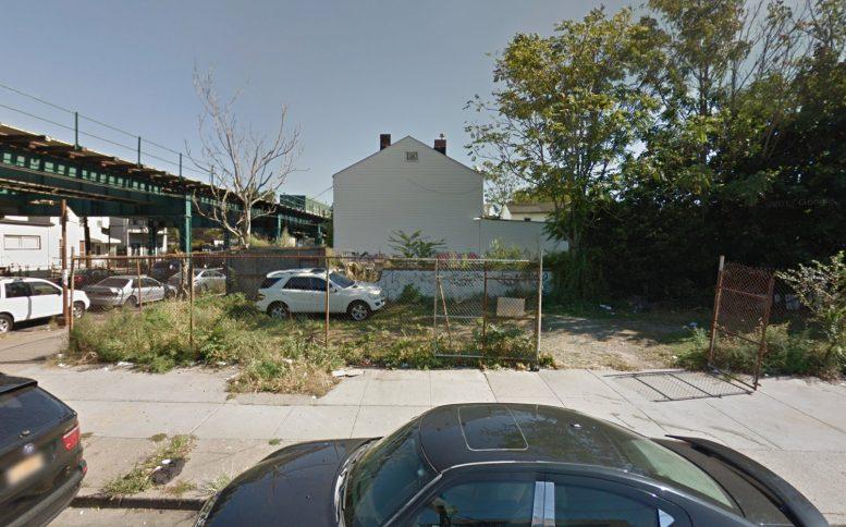 2746 Fulton Street, via Google Maps