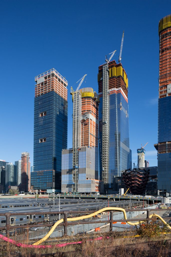 35 Hudson Yards in center, image by Andrew Campbell Nelson