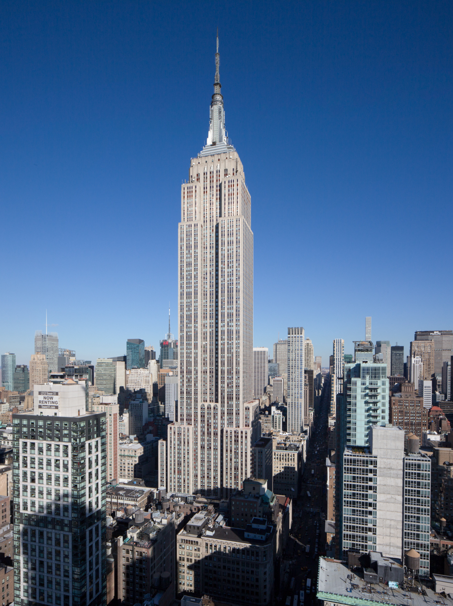 the empire state building s new visitor center celebrates official