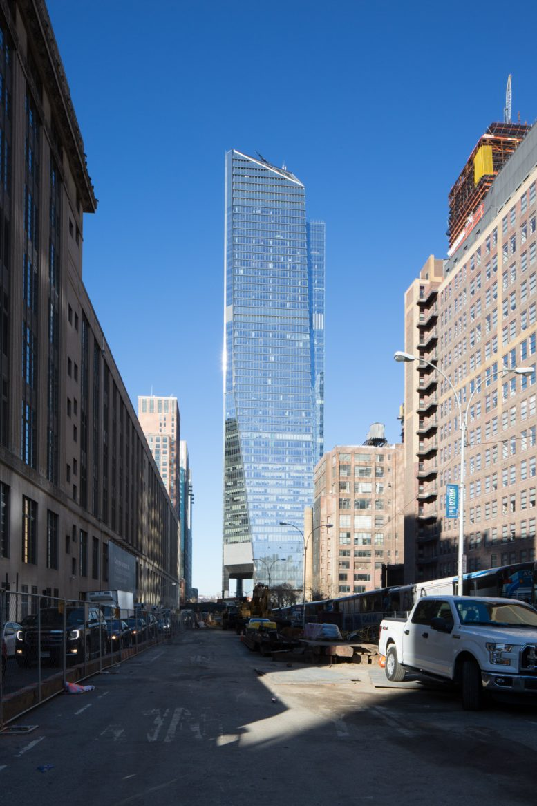 10 Hudson Yards Fully Occupied With 6000 Workers Achieves Leed