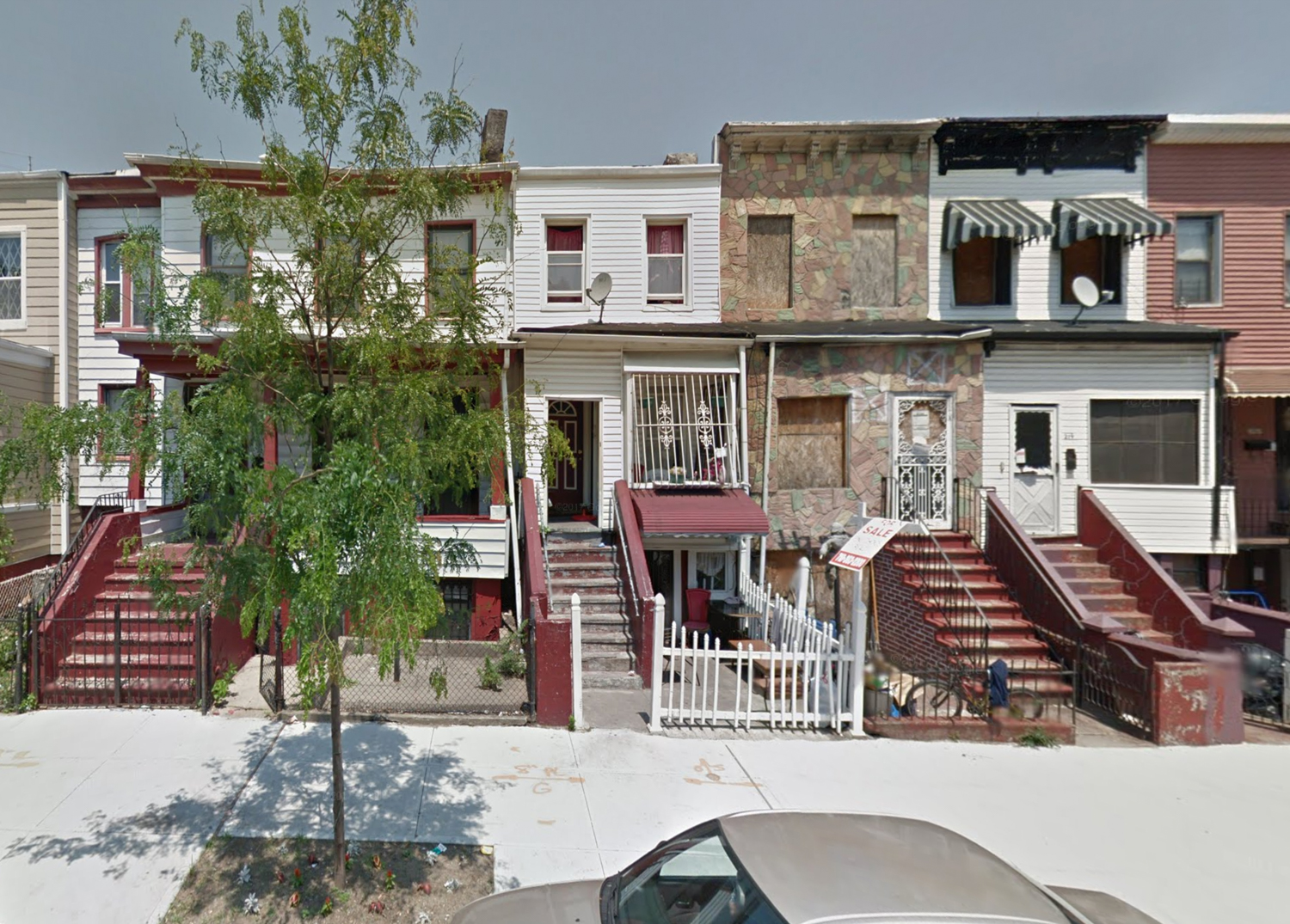 215 Putnam Avenue, via Google Maps