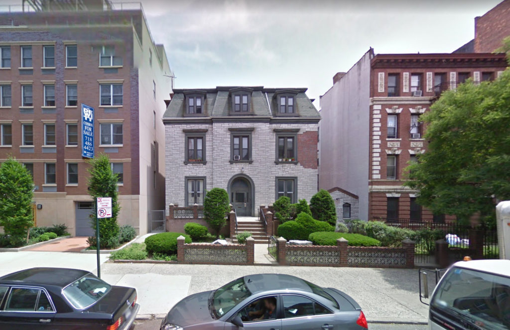 489 Washington Avenue from 2011, via Google Maps