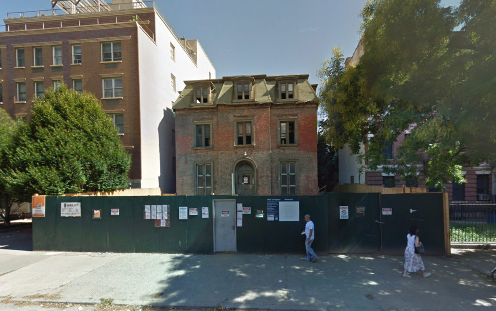 489 Washington Avenue in late 2017, via Google Maps