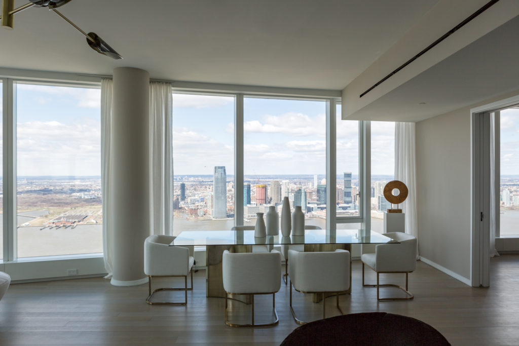 50 West Street penthouse dining space, image by Andrew Campbell Nelson