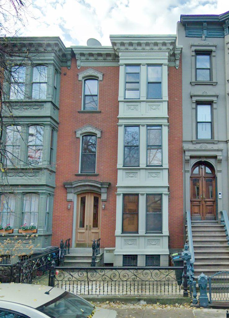 410 East 10th Street closeup, image via Google Maps
