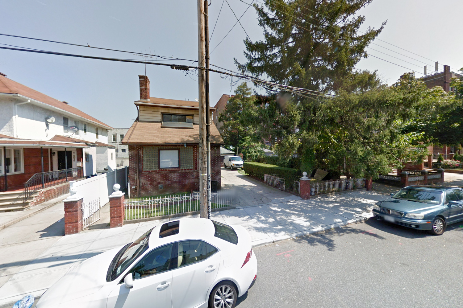 2033 East 17th Street, via Google Maps