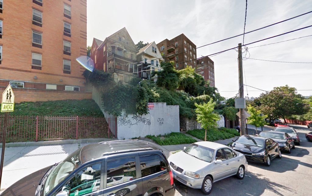 2658-2662 Kingsbridge Terrace, image via Google Maps