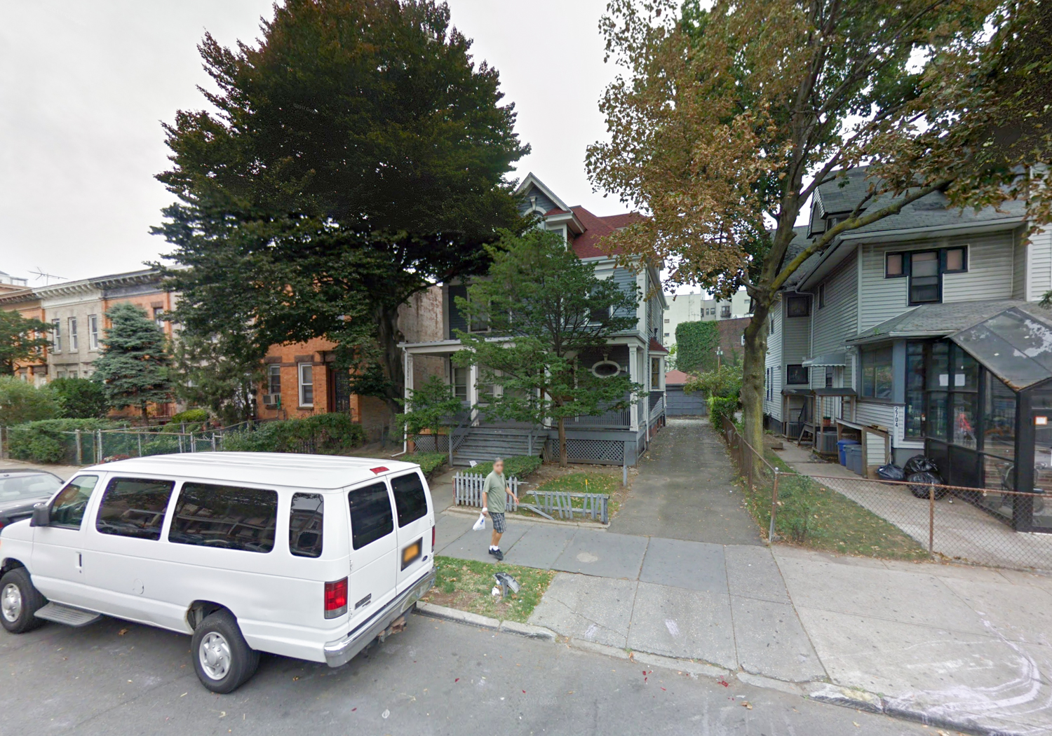 2708 Glenwood Road, via Google Maps