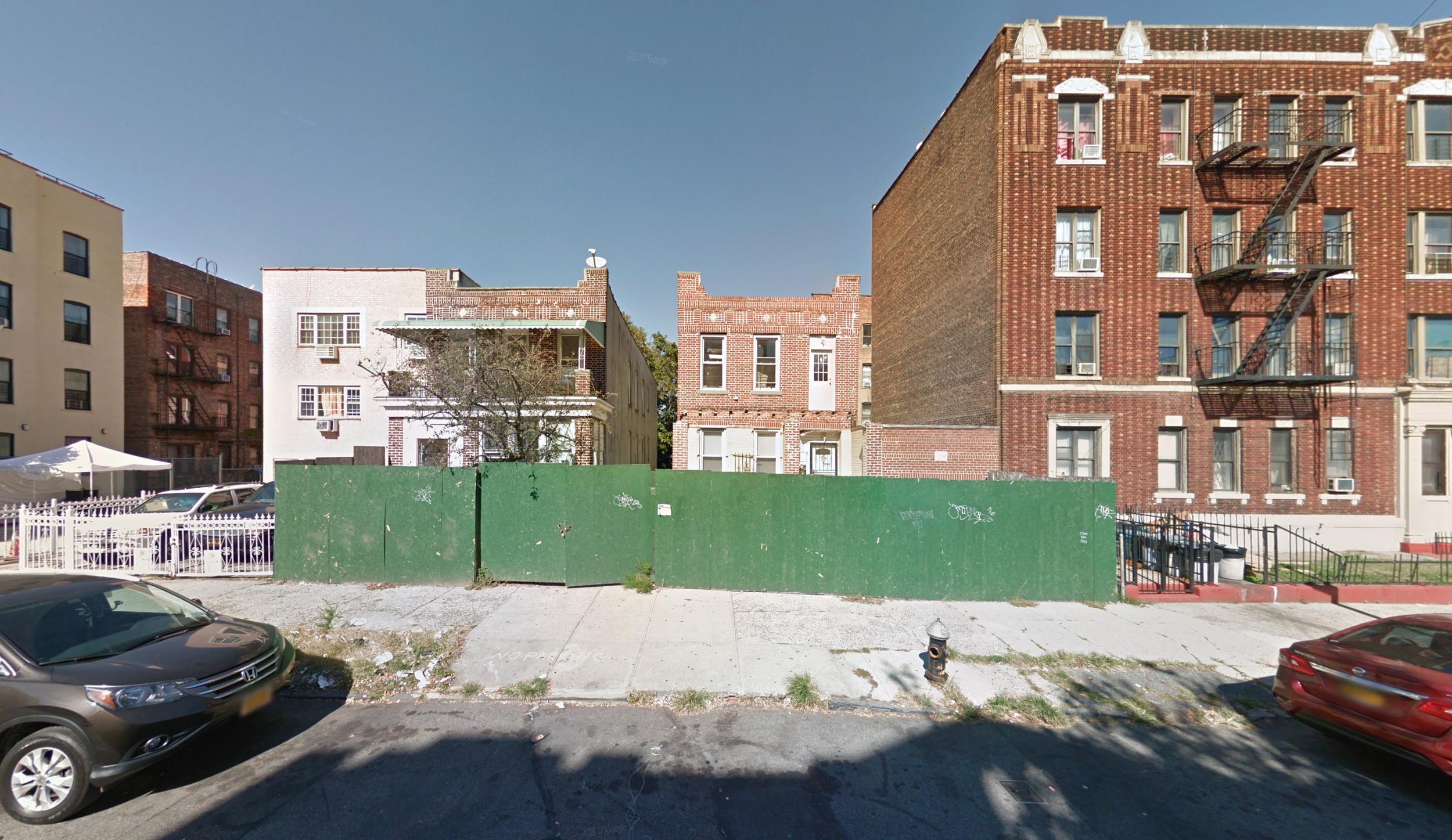 1515 Park Place, via Google Maps