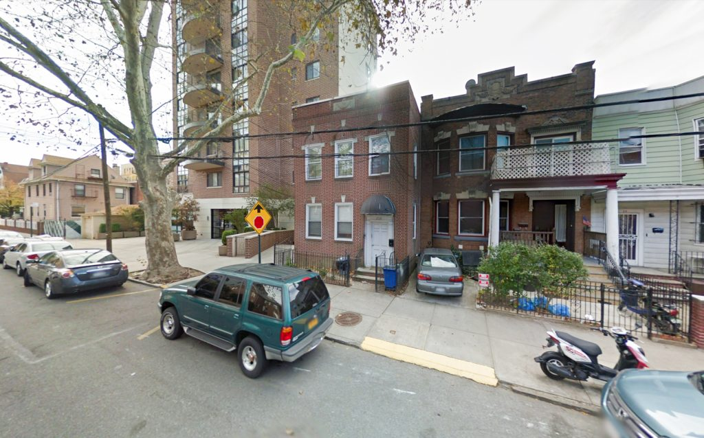 25-28 30th Drive, via Google Maps