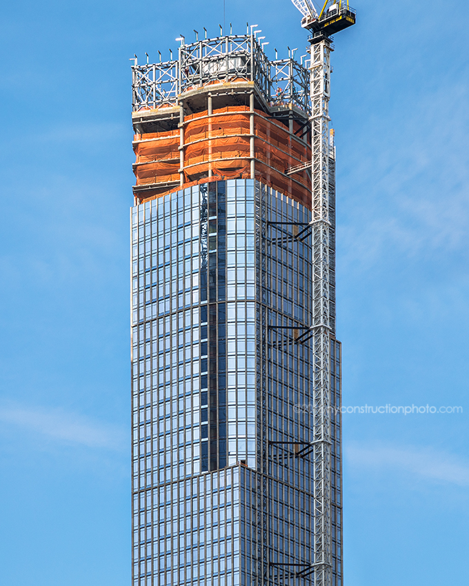 35 Hudson Yards crown close up, image by NYConstructionPhoto