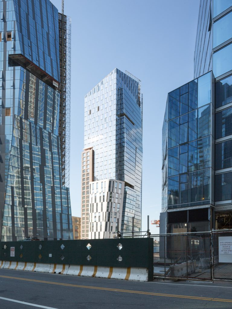 1 Waterline Square, image by Andrew Campbell Nelson