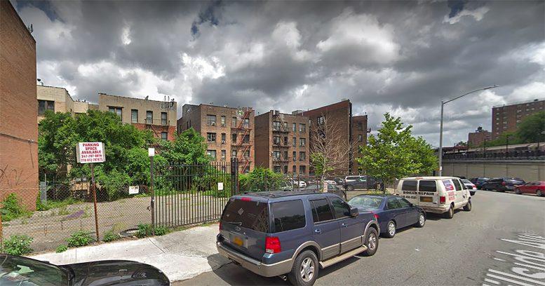 140 Hillside Avenue in New Hyde Park, Manhattan