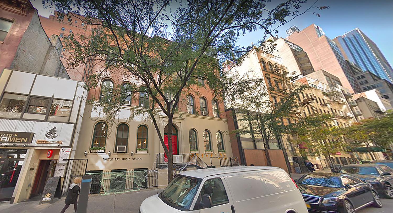 244 East 52nd Street in Midtown East, Manhattan