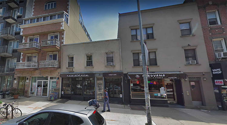 624 Metropolitan Avenue in Williamsburg, Brooklyn