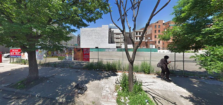 160-05 Archer Avenue in Jamaica, Queens
