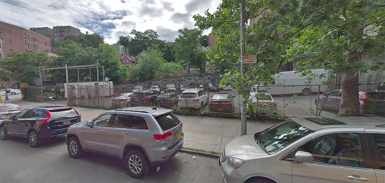2724 Heath Avenue in University Heights, The Bronx
