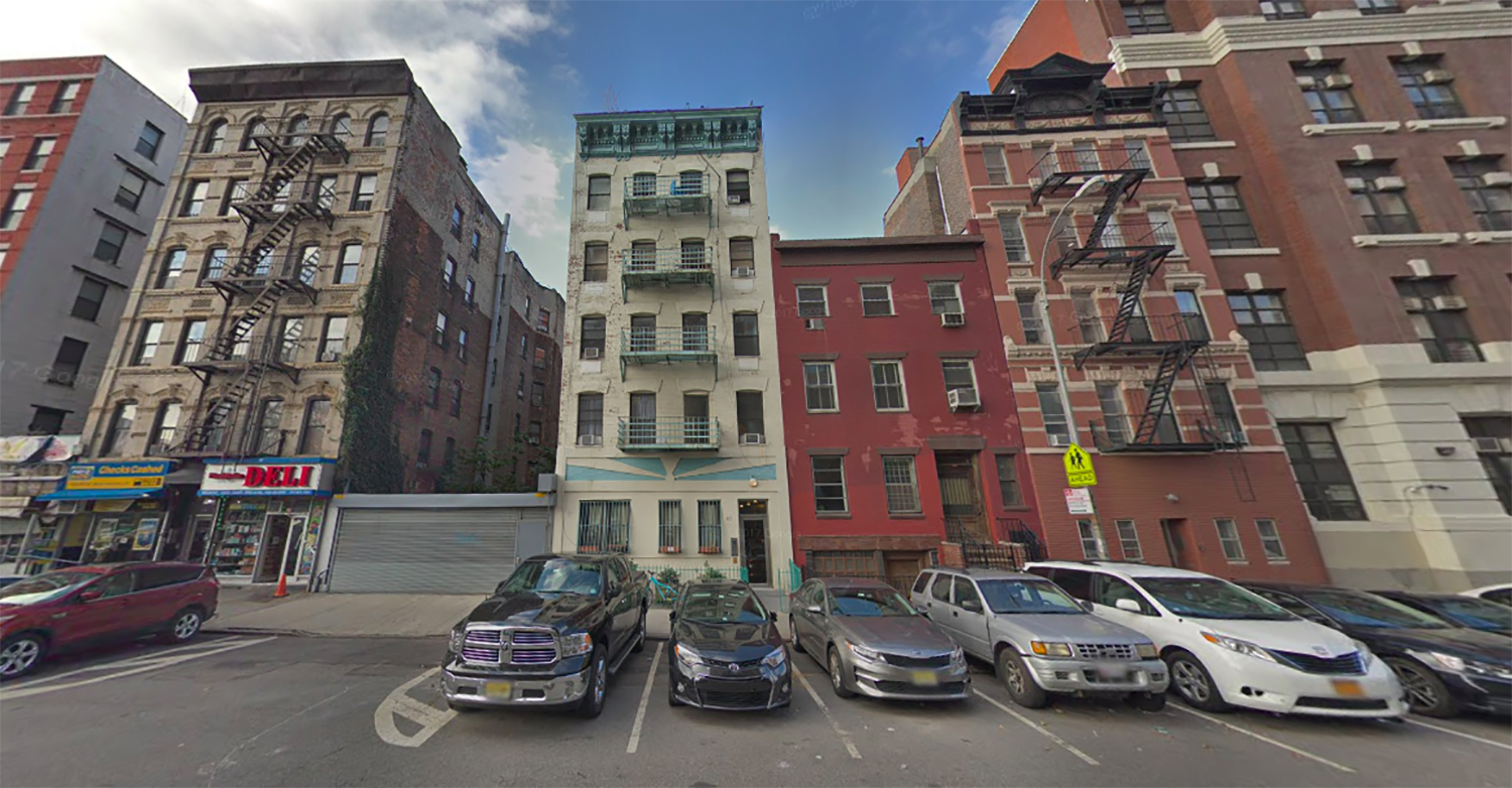 View of previous five-story tenement building at 63 Pitt Street - Google Maps