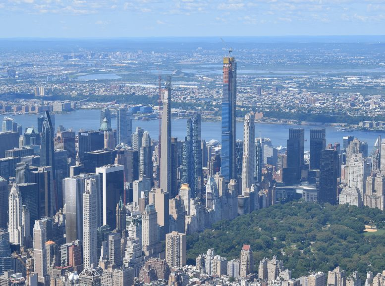 Helicopter Views Capture New York City's Burgeoning Supertall Skyline - New  York YIMBY