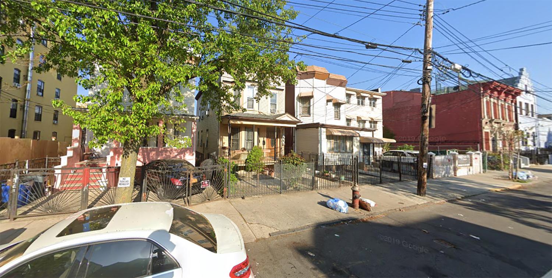 1169 Hoe Avenue in Foxhurst, The Bronx