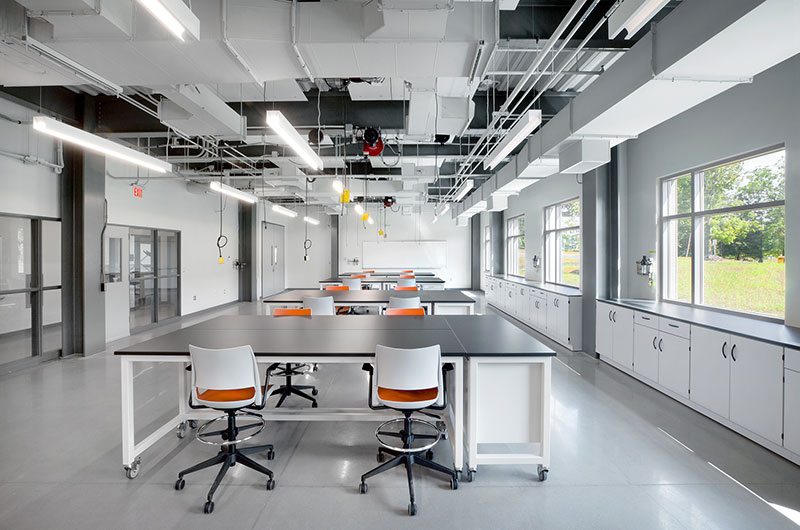 The 1,900-square foot teaching lab to invoke industrial aesthetic, including exposed ceilings and structural elements and polished-concrete floors. (Photo by Ola Wilk/Wilk Marketing Communications)