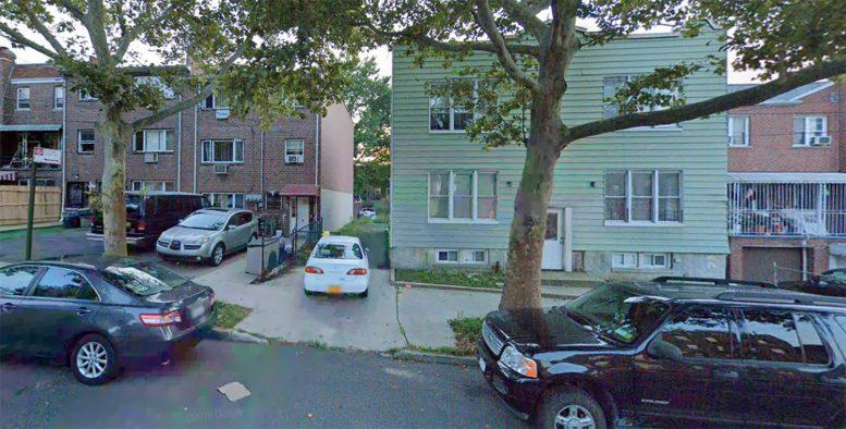 3029-3031 Bronxwood Avenue in Williamsbridge, The Bronx