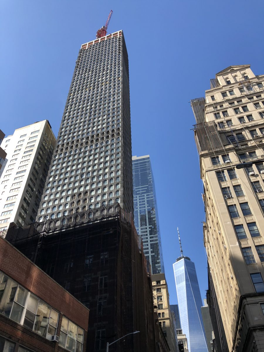 130 William Street S Fa 231 Ade Reaches 800 Foot Tall Parapet