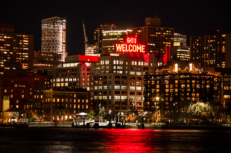 Welcome sign at Panorama in Brooklyn Heights (Photo: Will Femia)