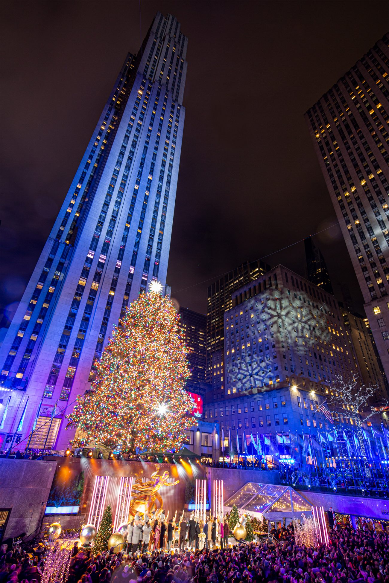 YIMBY Captures the 87th Annual Tree Lighting at Rockefeller Center - New York YIMBY