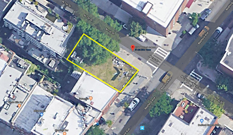 The highlighted area indicates the proposed site of construction at 276 Bedford Avenue - Google Maps