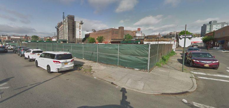 671 Brook Avenue in Woodstock, The Bronx
