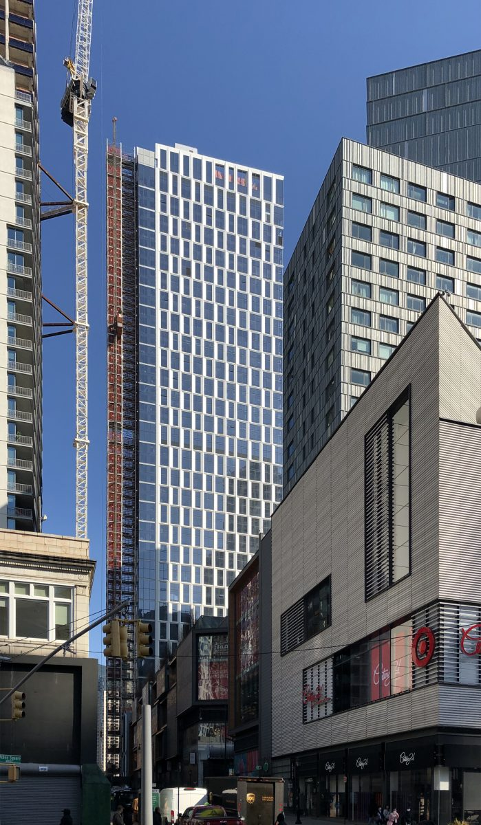 Exterior Of Kohn Pedersen Fox S Brooklyn Point Nears Completion In Downtown Brooklyn New York Yimby