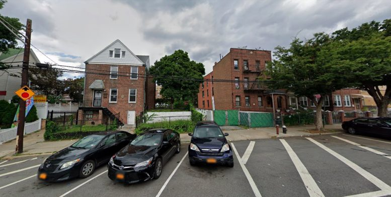 659 East 222nd Street in Wakefield, The Bronx