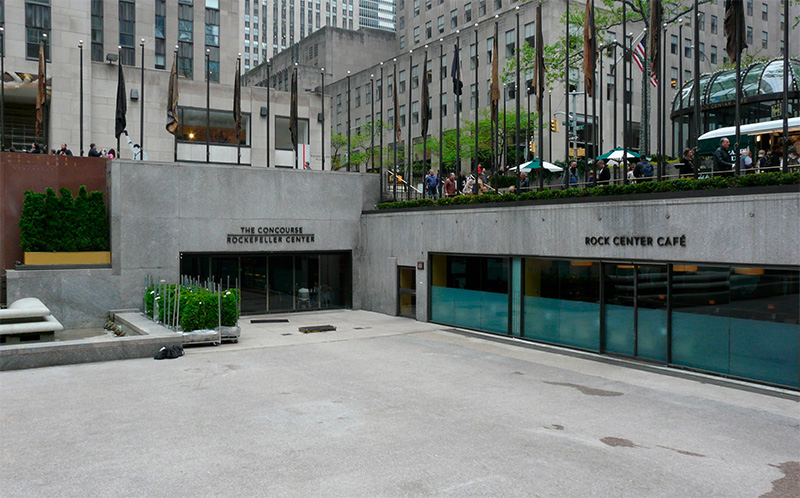 Existing photo retail storefronts along the border of the sunken plaza - Tishman Speyer; Gabellini Sheppard Associates