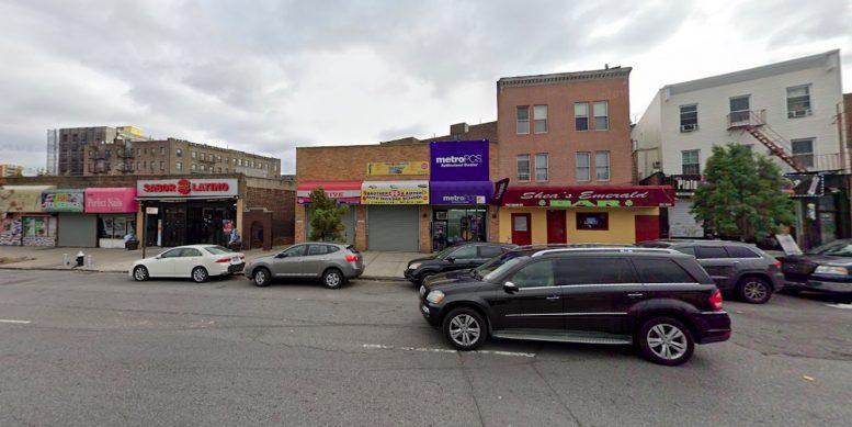 2962 Jerome Avenue in Jerome Park, The Bronx
