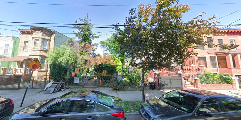 431 Warwick Street in East New York, Brooklyn