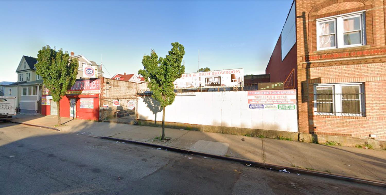 144-20 Liberty Avenue in Jamaica, Queens